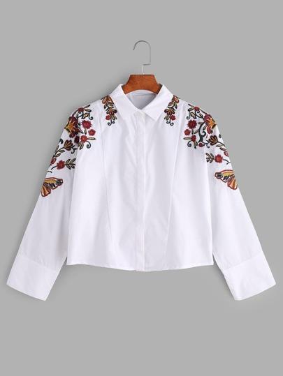 Chemise brodée des fleurs blanche