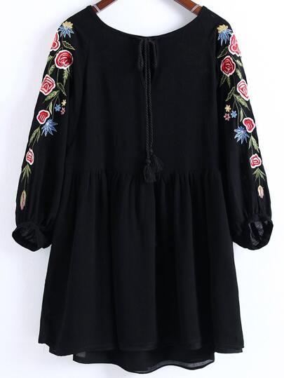 Black Flower broderie Tassel Tie Dress