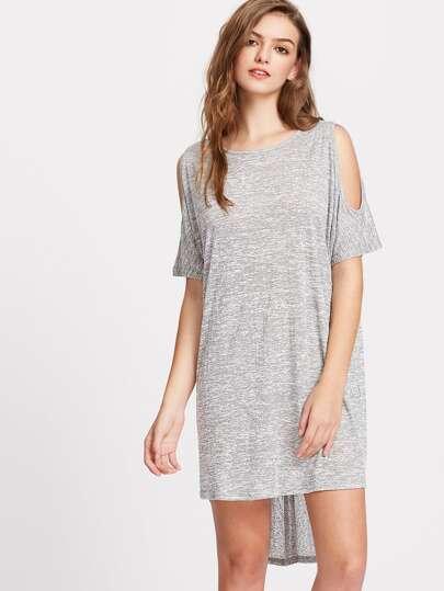 Vestido asimétrico con hombros abiertos de espalda cruzada - gris
