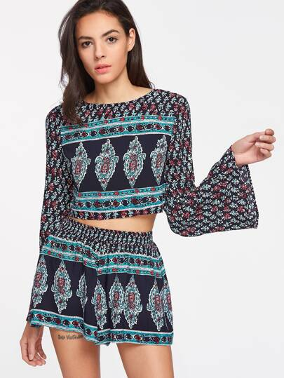 Multicolor Ornate Print Bell Sleeve Crop Top With Shorts