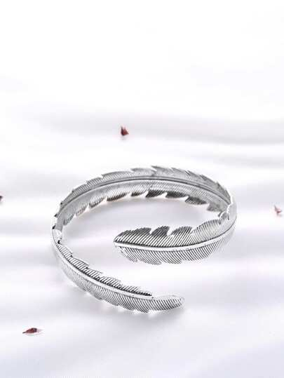 Silver Etched Feather Arm Cuff