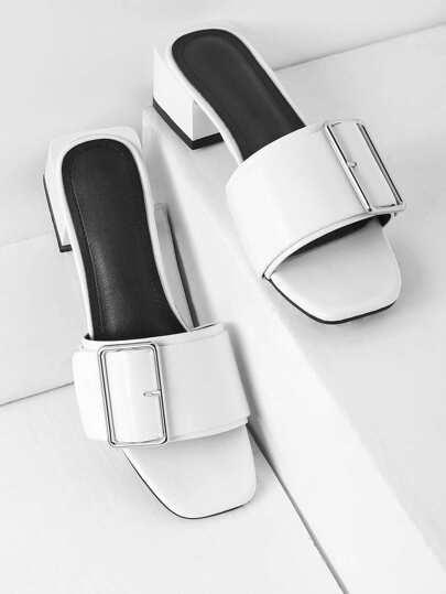 Boucle Détail Bloc Heel Mules
