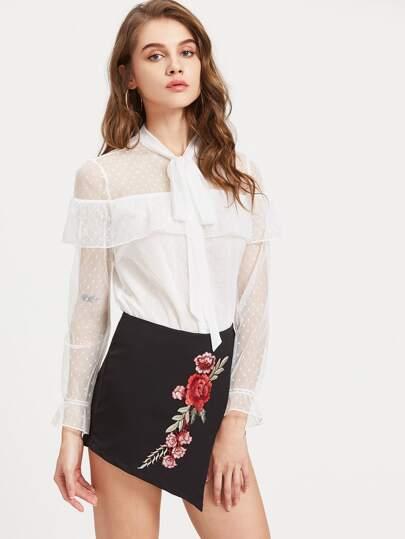 Blusa de encaje de encaje con cuello blanco
