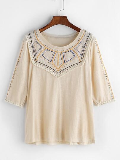 Camiseta con estampado de vintage y ribete con flecos - albaricoque