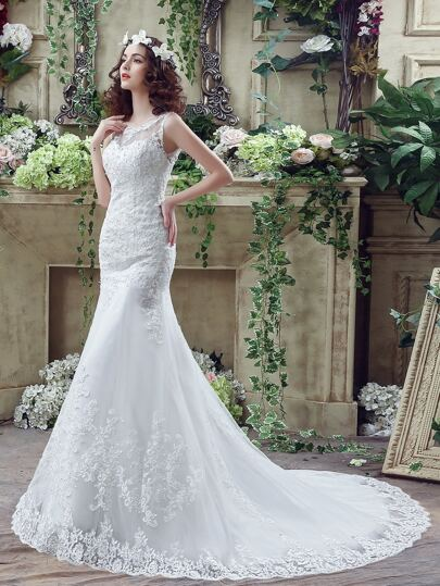 White Embroidery V Back Sleeveless Wedding Dresses