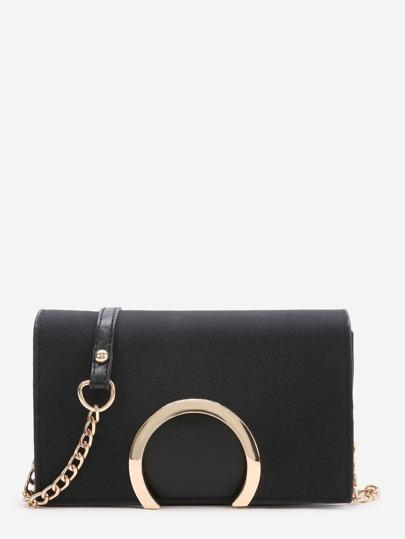 Чёрная модная сумка на цепочке