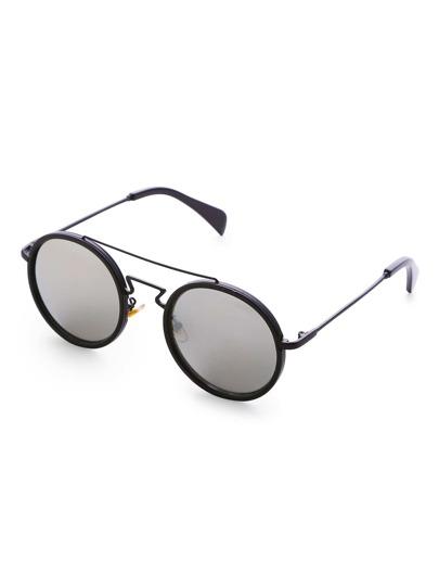Gafas de sol redondas con puentes dobles y lentes gris