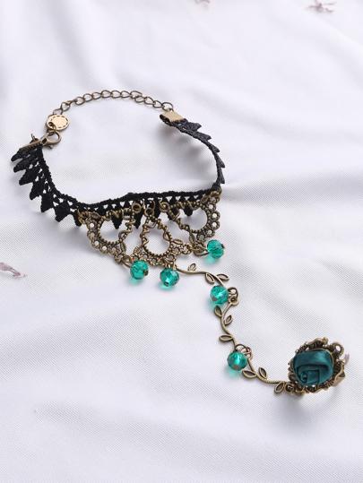 Brazalete con encaje de croché con anillo de flor - negro