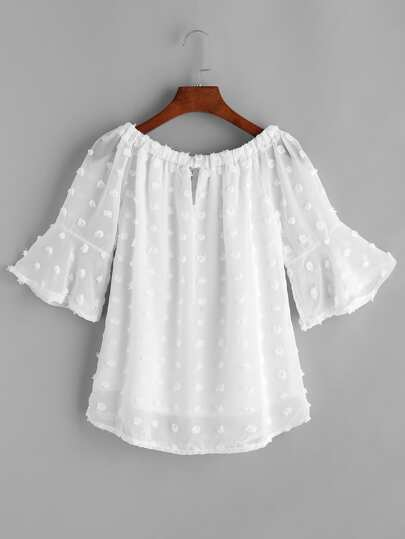 White Boat Neck Dotted Jacquard Top en mousseline de soie