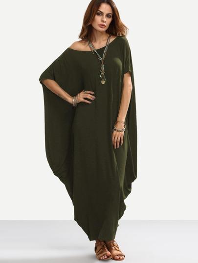 Robe asymétrique avec manches dolman épaules