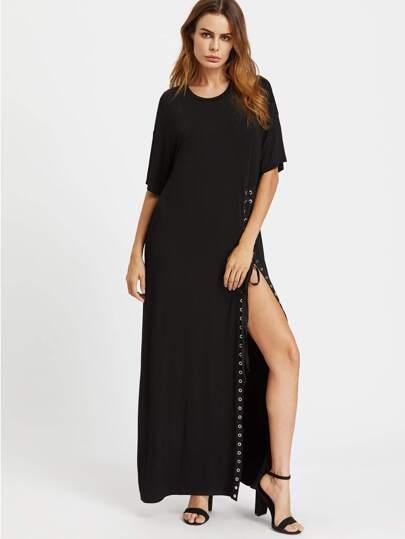 Kleid mit Tülle und hohem Schlitz