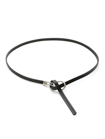 Cinturón fino con detalle de nudo