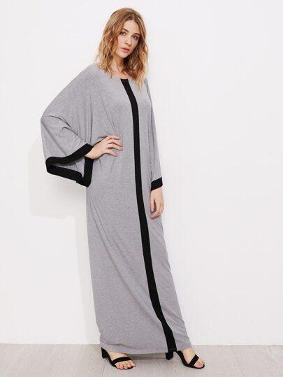 Vestito con maniche stile kimono