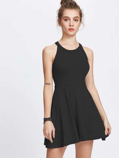Halter Ausschnitt A Line Kleid
