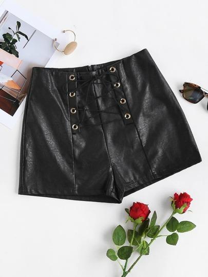 Модные кожаные шорты со шнуровкой