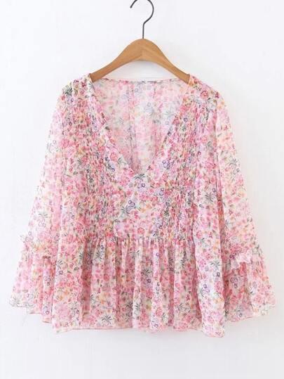 V-Ausschnitt Ruffle Hem Floral Chiffon Bluse