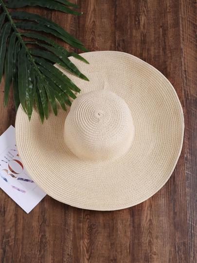 Cappello floscio di paglia