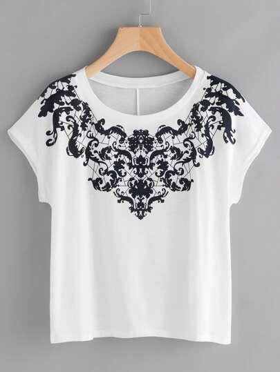 T-Shirt mit Damaskmuster und Dolmanärmeln
