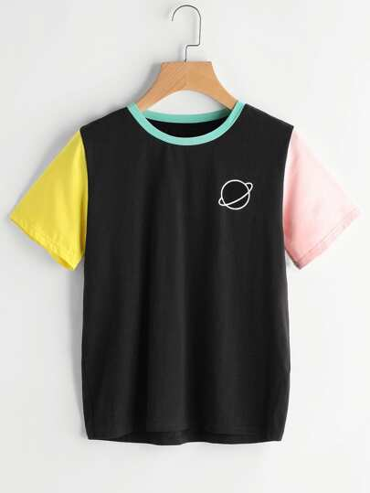 Camiseta con estampado en color block