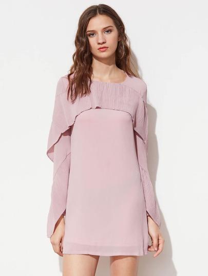 Kleid mit Rissen und Schier