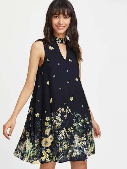 Choker Neck Buttoned Keyhole Back Botanical Flowy Dress