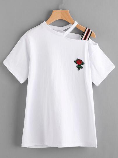 Schulterfreies T-Shirt mit Applikation und asugeschnittem Hals