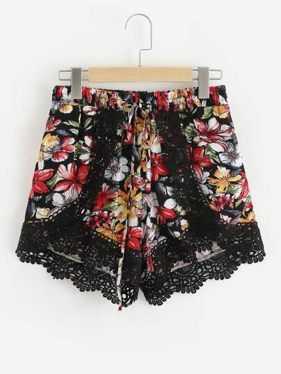 Shorts bicolore en dentelle en crochet