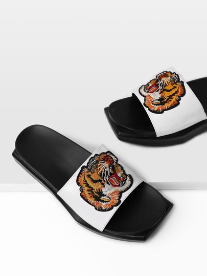 Sandales à rayures plates PU à broder