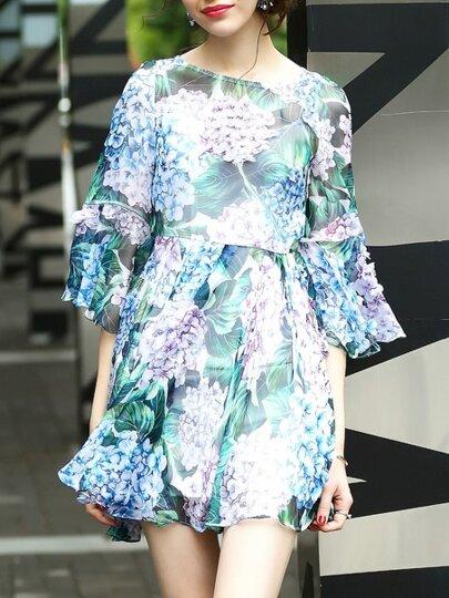 Vestido con estampado aplique de flores de manga campanuda
