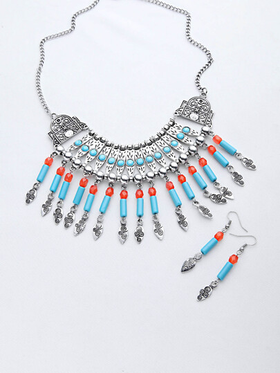 Etiqueté Boho Statement Necklace With Drop Earrings