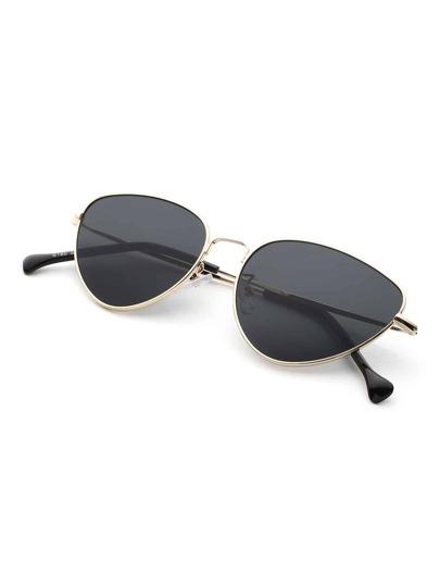 Gafas de sol en forma ovalada con lentes planas
