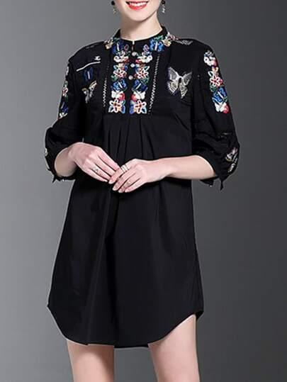 Kleid mit Schmetterlingstickereien - schwarz