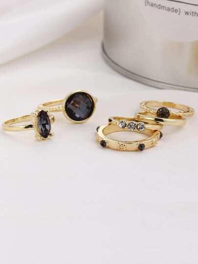 Set anillo con piedra preciosa en contraste