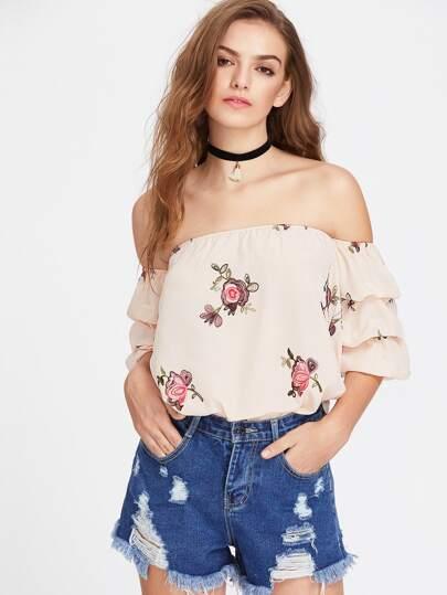 Top con estampado floral con hombros al aire