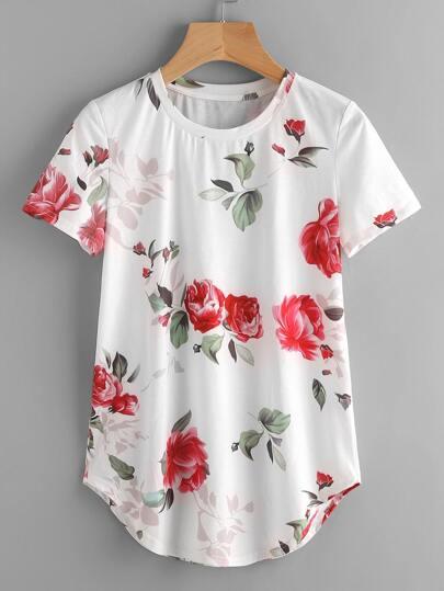 T-shirt con fondo sagomato,con stampa di rosa