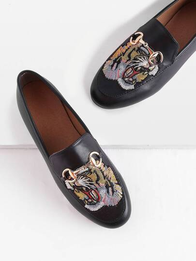 Tiger Embroidery Metal Detail Loafers