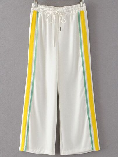Pantalones deportivo de lado de rayas con cordón