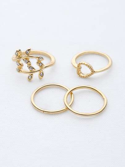 Leaf And Heart Shaped Ring Set