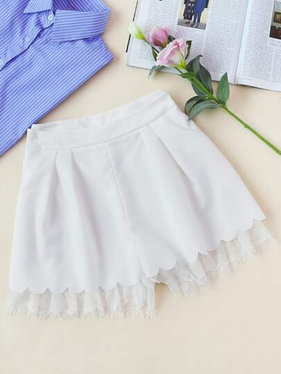 Lace Trim Scallop Hem Tailored Pleated Shorts
