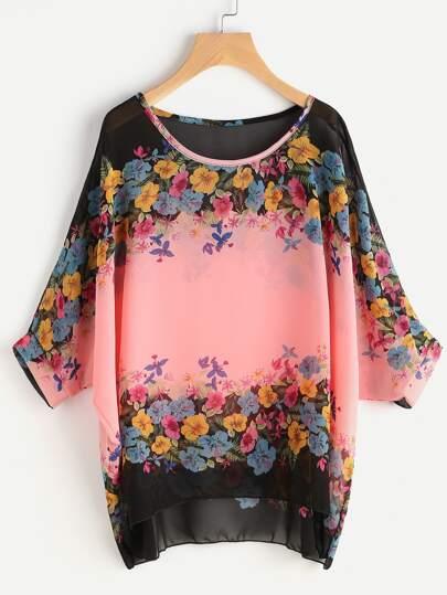 Blusa de gasa de manga murciélago con estampado floral