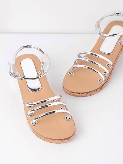 Sandales à talons strappy design