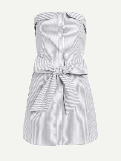 Vestido de rayas verticales de hombros descubiertos con nudo