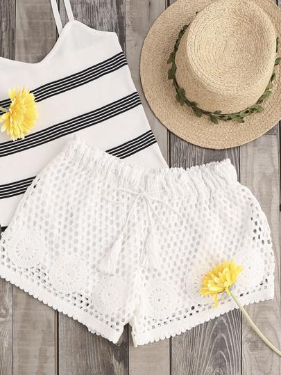 Shorts con cintura con cordón de croché