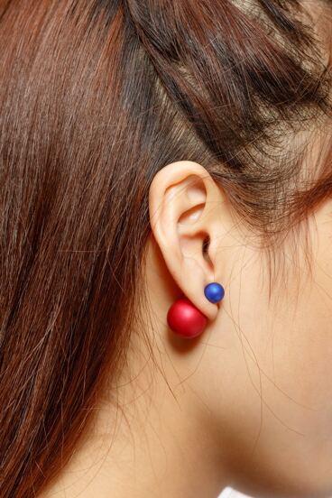 Boucles d'oreilles à billes à deux tons