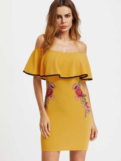 Bodycon Kleid mit schößchem Saum und Applikation