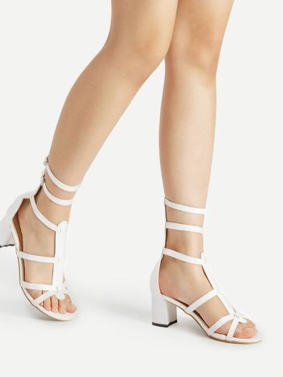 Sandales à talons avec double boucles