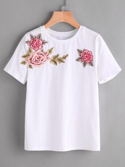 Bluse mit 3D-Blumen verziert