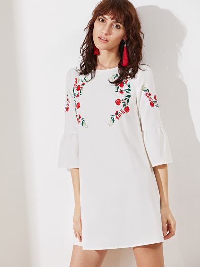 Vestido túnico con manga acampanada y bordado - blanco