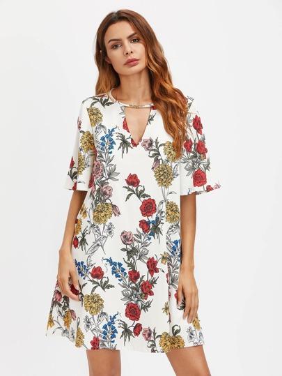 Vestido con abertura en V con estampado floral