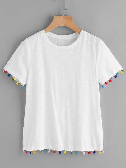 Camiseta con pompones